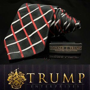 DONALD TRUMP~ SIGNATURE COLLECTION Red Black Strip